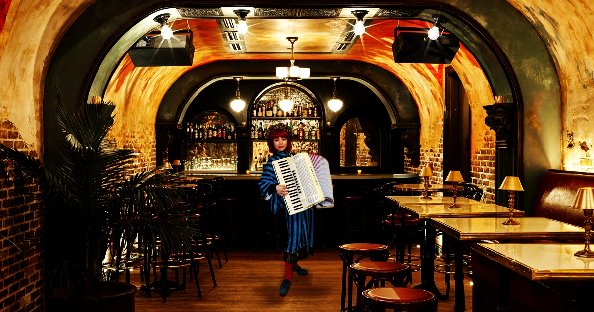 チンドン屋のEMILY、あなたの街でお会いできる日を楽しみにしています♪