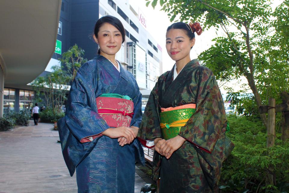 New おごじょ~ず(Sakura & EMILY)